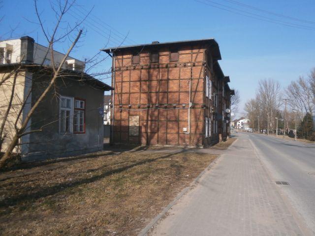 ul. 63 Pułku Piechoty 62/ściana budynku