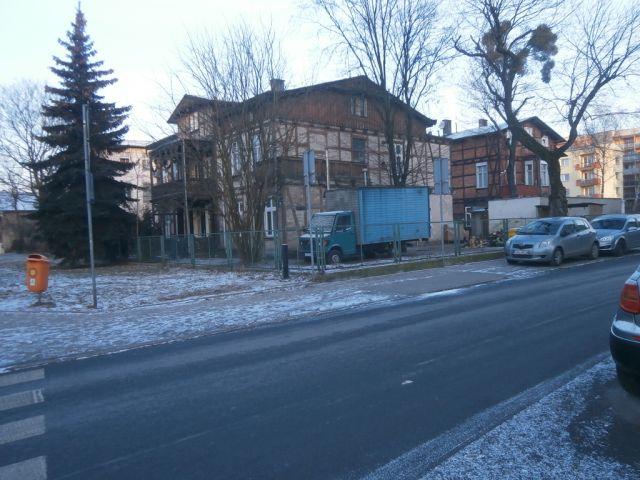 ul. Bydgoska 24/ogrodzenie lub ściana budynku
