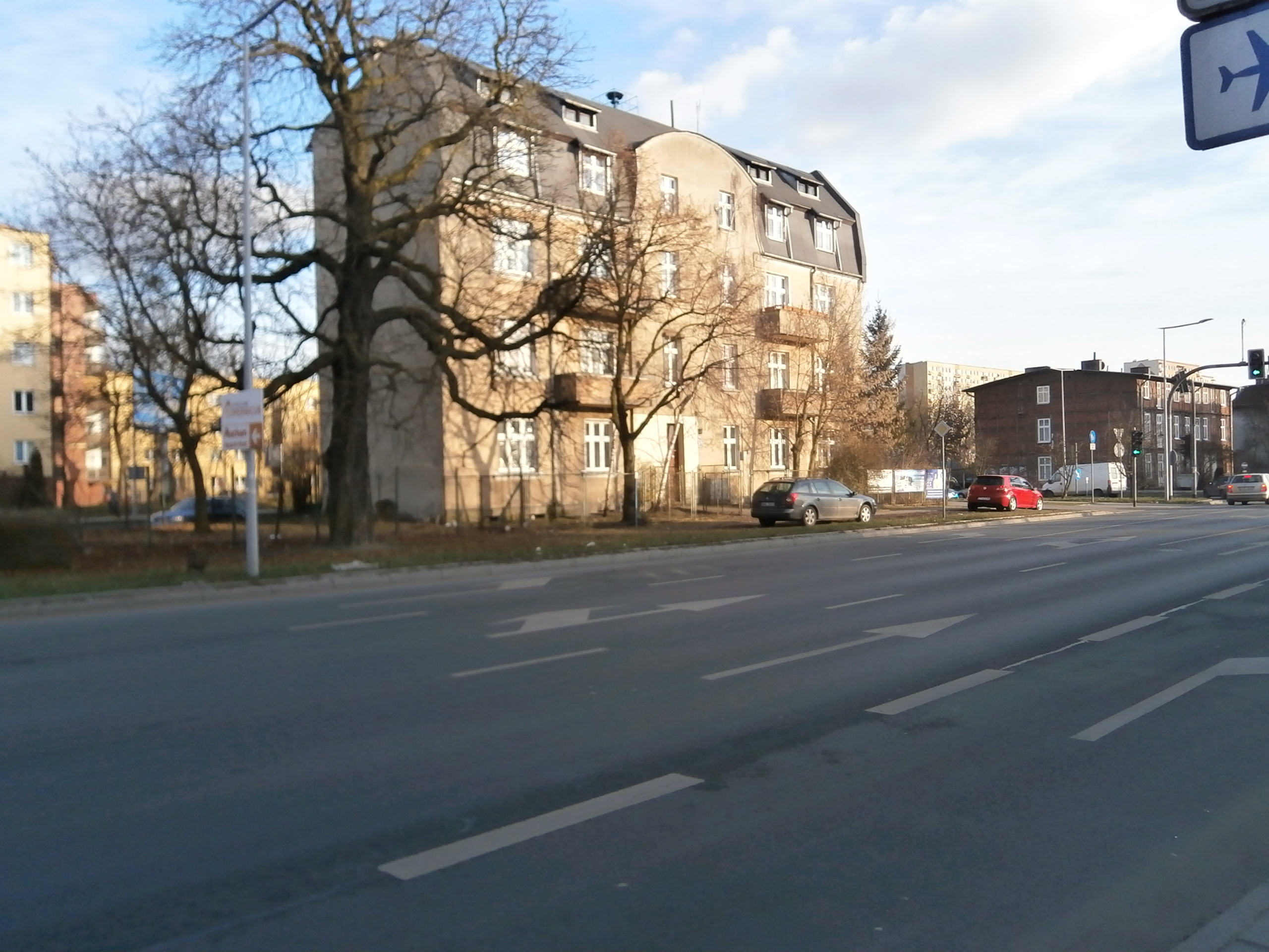 ul. Grudziądzka 64/66 /ściana budynku