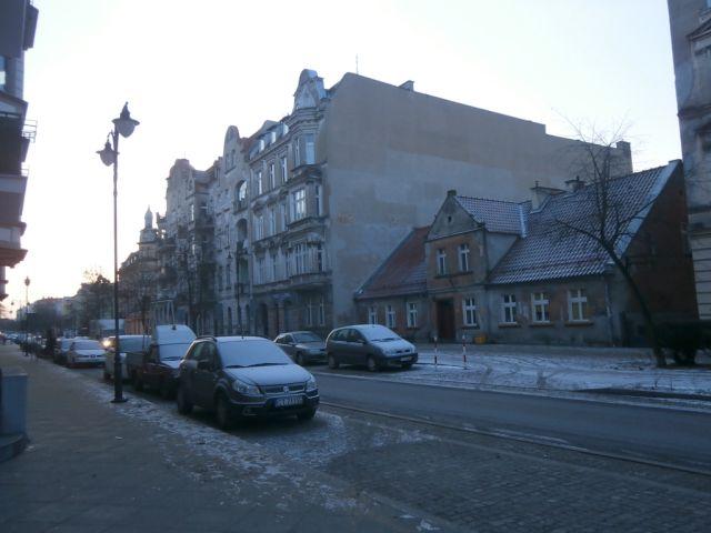 ul. Mickiewicza 63/ściana budynku