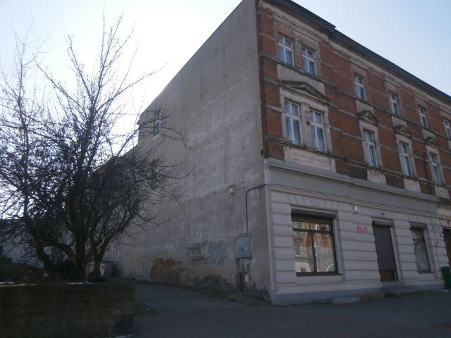 ul. Poznańska 95/ściana budynku